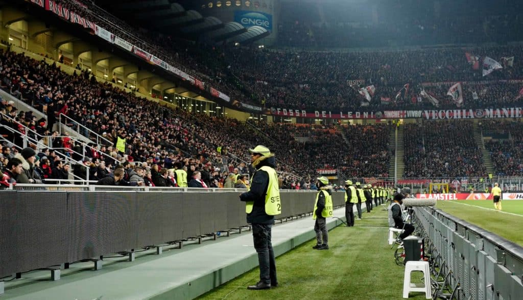 Onze Stewards aan het werk tijdens een wedstrijd van Ajax